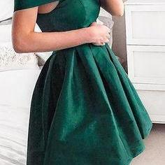 Off Shoulder Dark Green Homecoming ..
