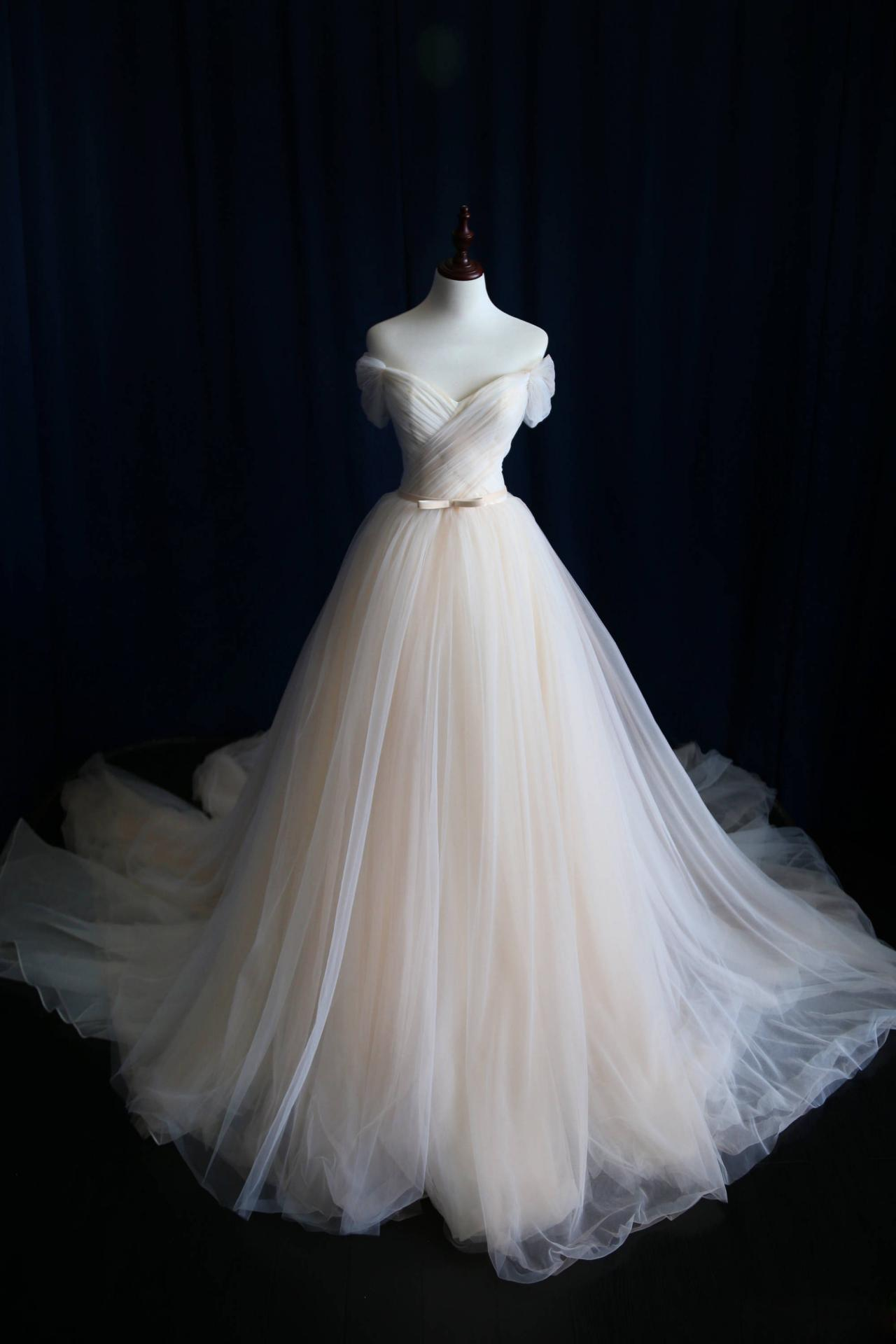 Romantic Off The Shoulder Long Wedding Dresses Party Dresses , Bridal Gowns, Tulle Bridal Dress,Pleat Bridal Dresses,Customized Made Wedding Dress