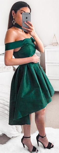 Off Shoulder Dark Green Homecoming Dress Short Prom Dresses