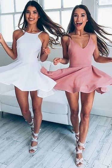 Sexy White Backless Short Homecoming Dresses for Junior