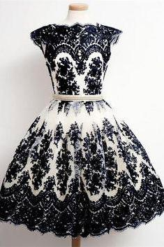 Vinatge Black Prom Dresses with Appliques Lace for Women
