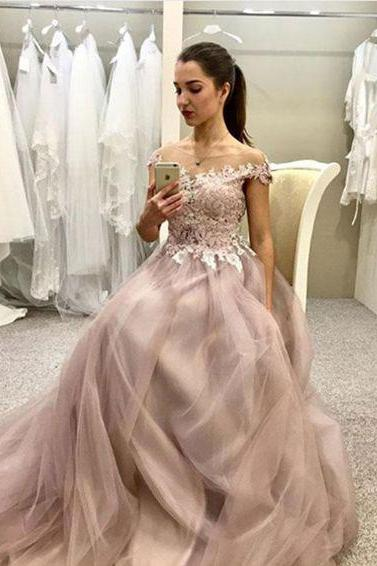 Hot Sell Sheer Neck Off the Shoulder Tulle Long Prom Dresses with Appliques for Women