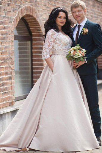Charming Plus Size Half Long Sleeves Champagne Wedding Dresses with Appliques