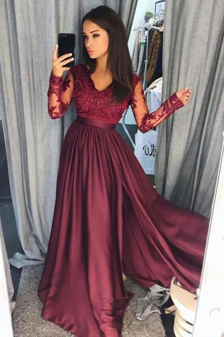 V Neck Long Sleeves Prom Dresses with Lace Appliques