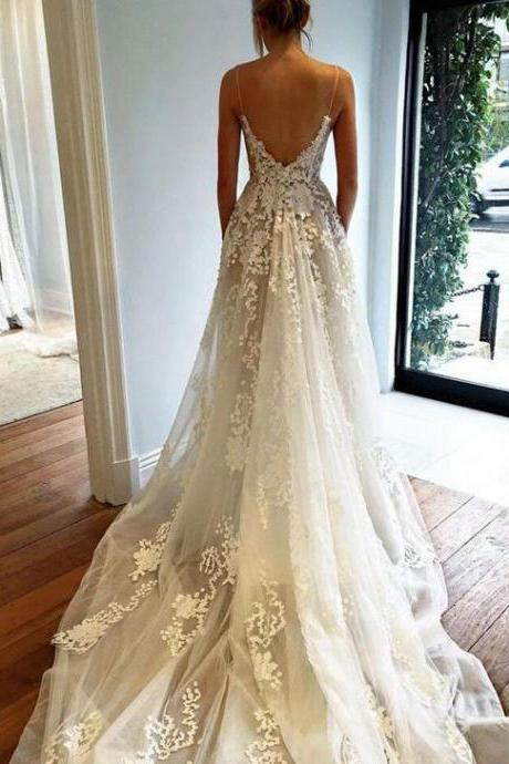 Spaghetti Straps V Neck Wedding Dresses with Appliques Lace Bridal Dresses