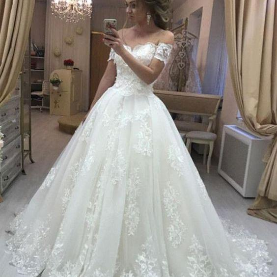 Off Shoulder Wedding Dresses Gown with Appliques Court Train Bridal